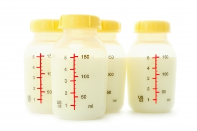 Supermarket alledgely refuse to stock newborn formula - because breast is best